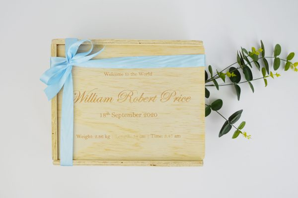 welcome to the world gift box