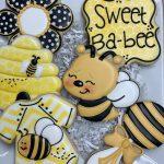 bee themed sugar cookies